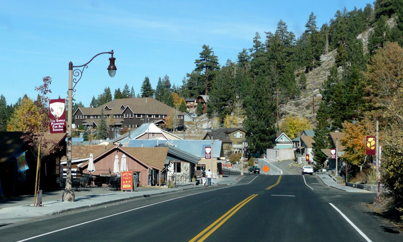 Driving into June Lake Village